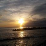 日の出浜からの朝日