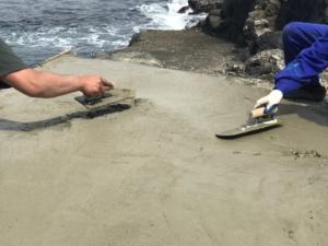 秋の浜ハシゴ作業