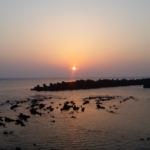 伊豆大島・日の出浜からの朝日。5月2日5:00撮影